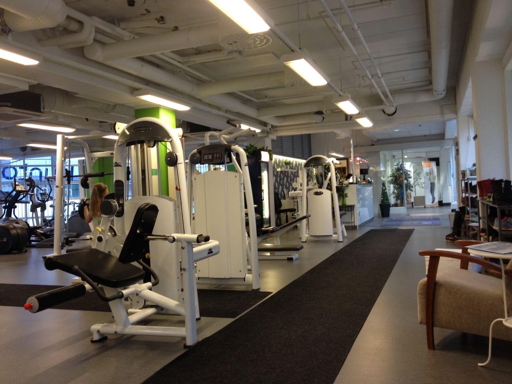 Torikeskuksen kuntomaailma on upea täysin uusittu naisten kuntosali keskellä Jyväskylän keskustaa.