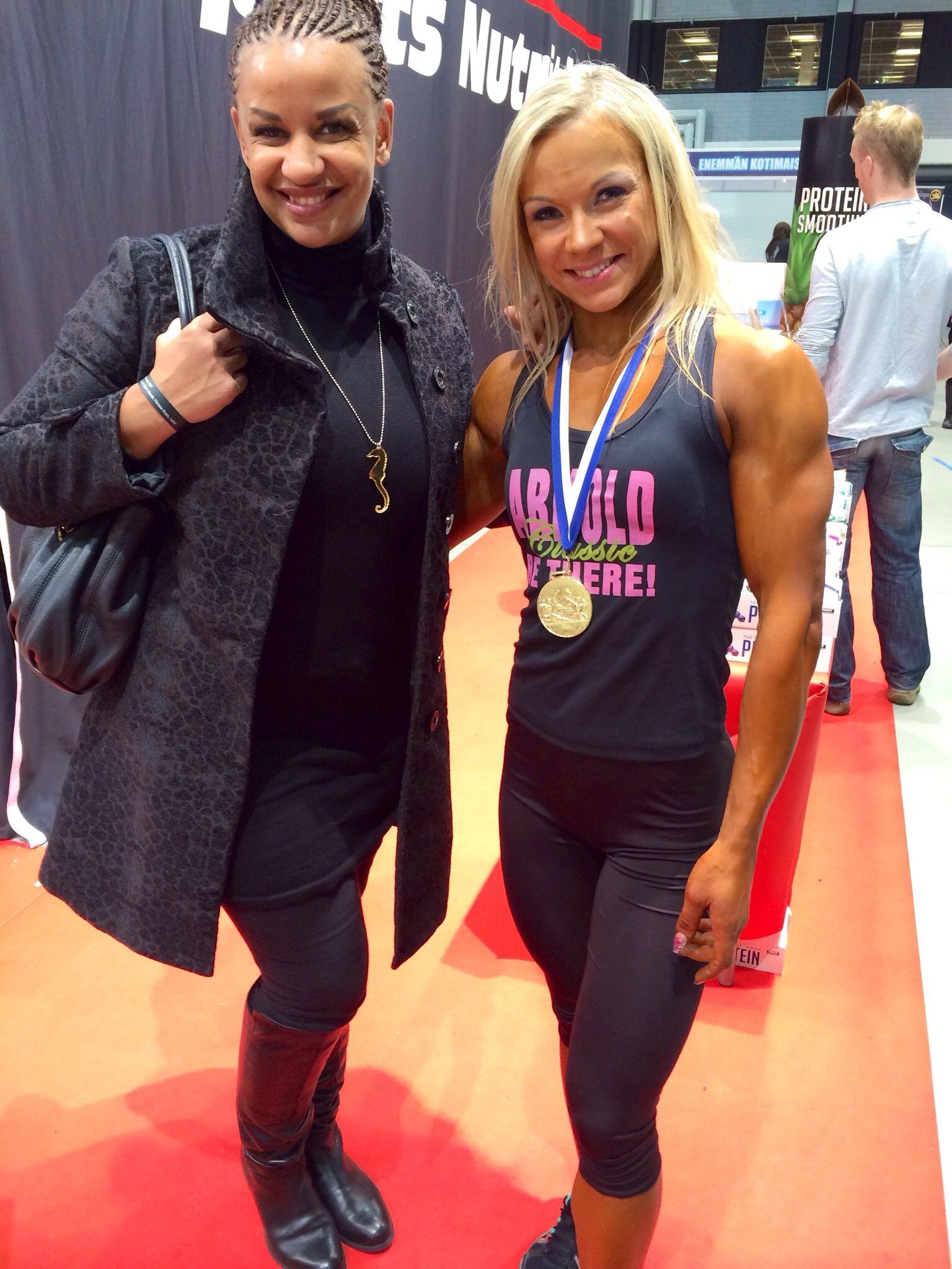 Tuoreen Body fitness SM voittajan kanssa. Hanna pääsee ensiviikolla MM-kisoihin :)